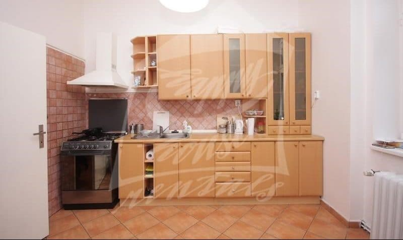 למכירה בפראג 1 דירת 2+1 בגודל 64 מר (1)