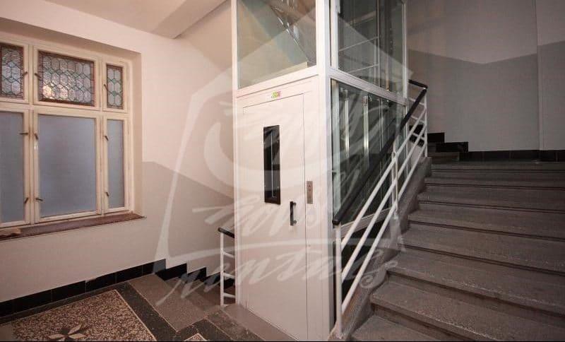 למכירה בפראג 1 דירת 2+1 בגודל 64 מר (5)