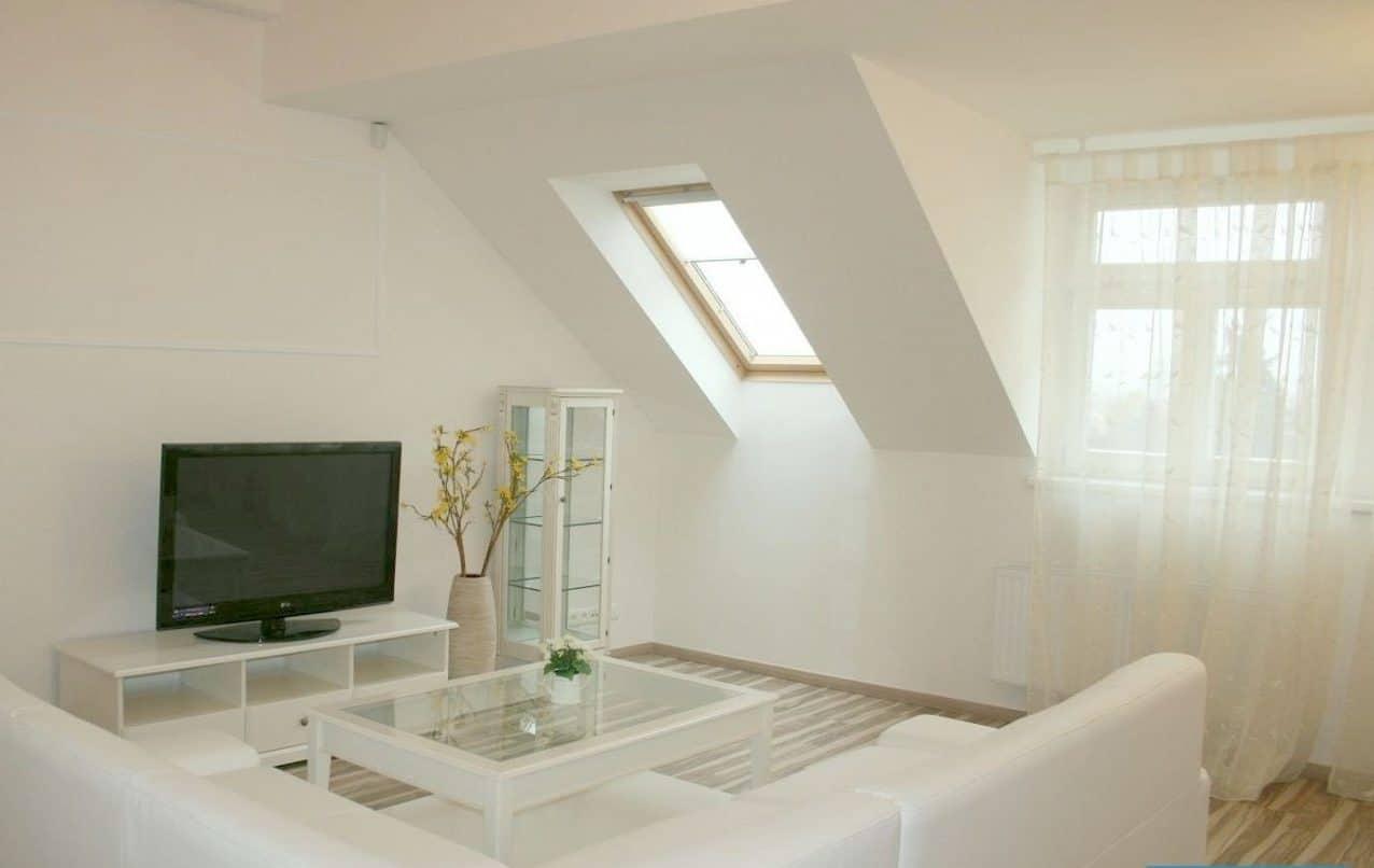 בנין למכירה בפראג 20 על 350 מר (7)