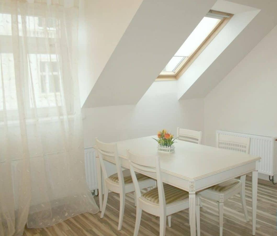 בנין למכירה בפראג 20 על 350 מר (9)