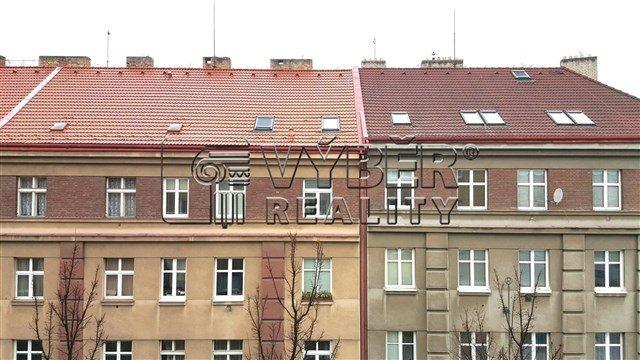 למכירה דירת 2 חדרים בפראג 9 שכונת ויסוצ'אני (11)