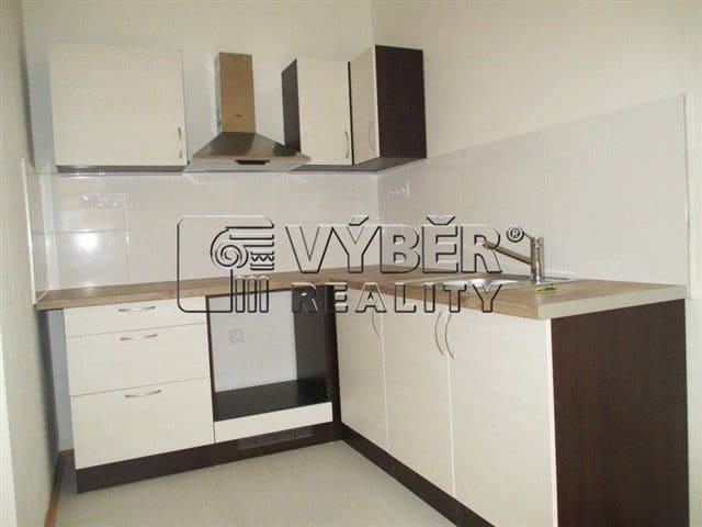למכירה דירת 2 חדרים בפראג 9 שכונת ויסוצ'אני (7)