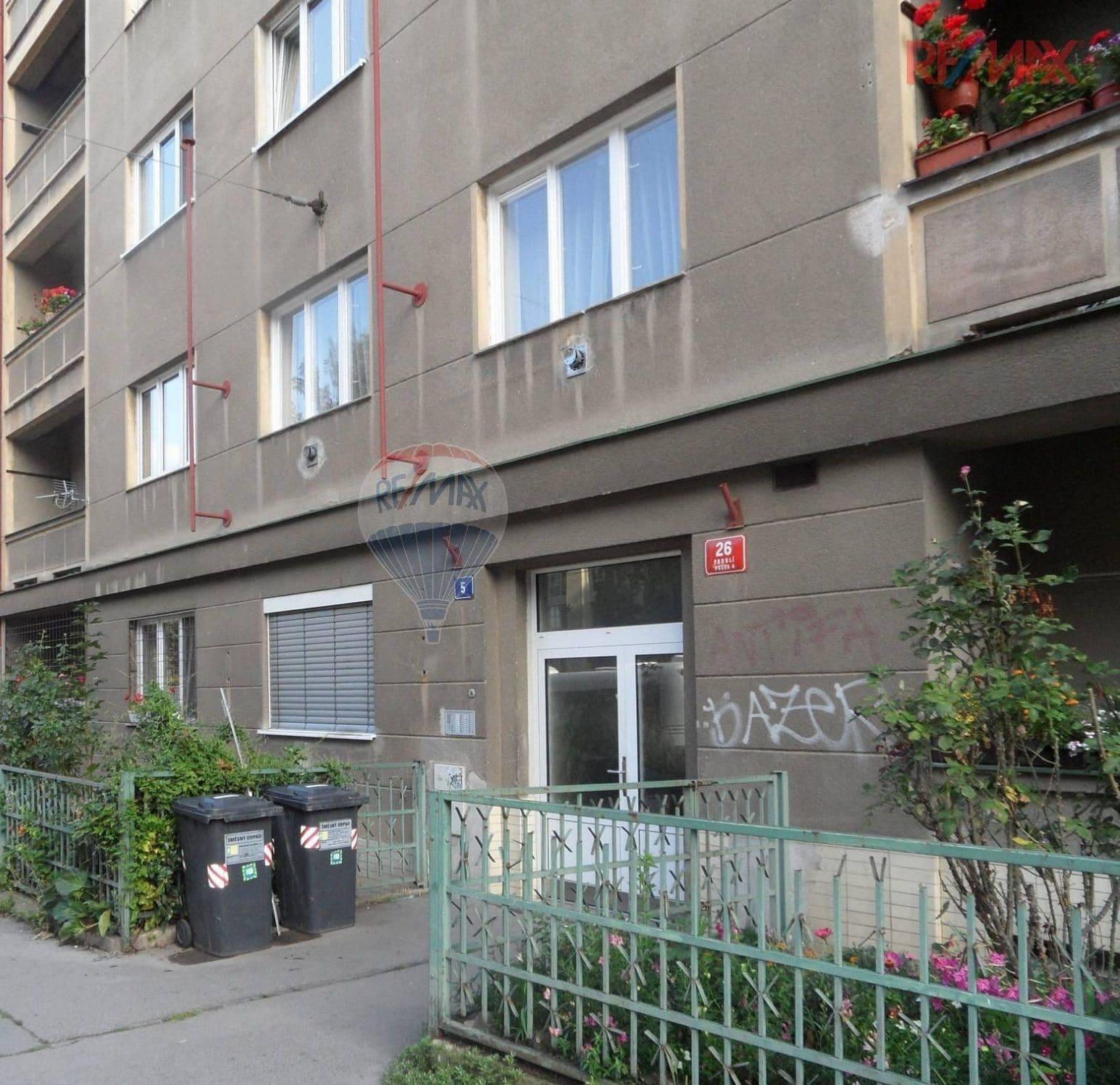 למכירה בפראג 4 דירת 26 מר 1+KK (9)