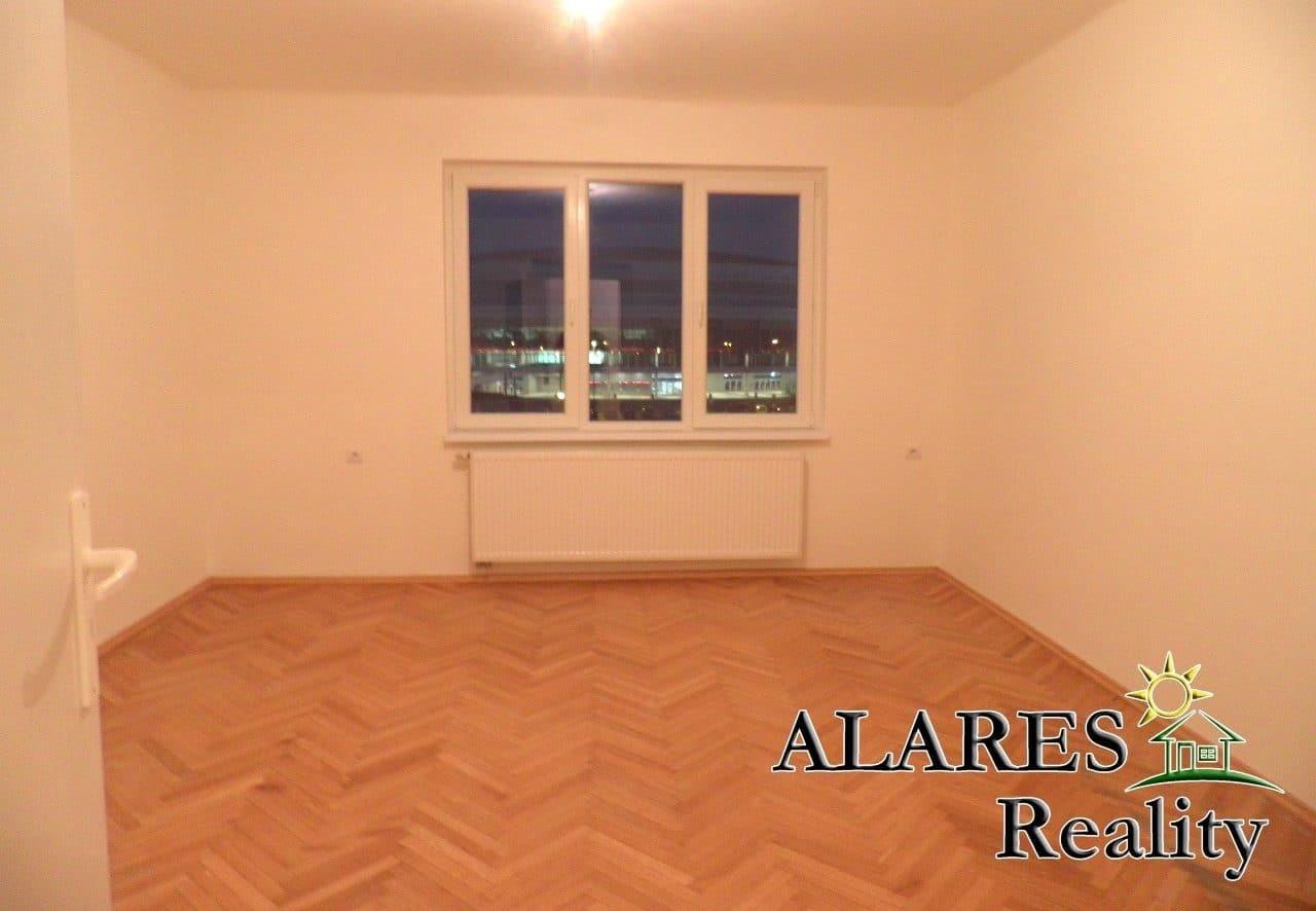 למכירה דירת 2+1 חדרים (5)