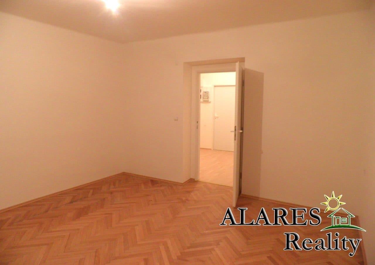 למכירה דירת 2+1 חדרים (6)
