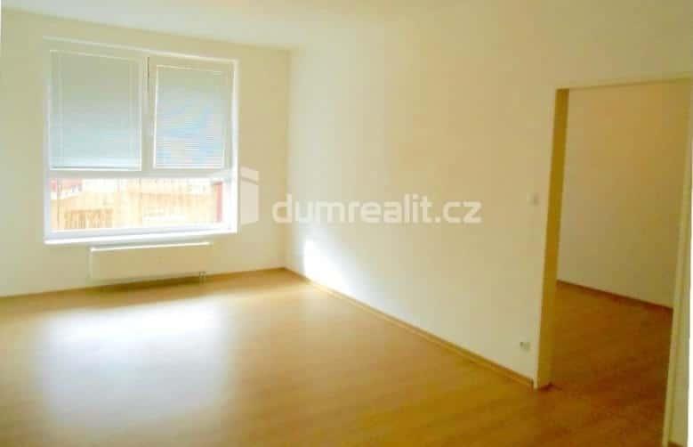 למכירה דירת 2 חדרים בשכונת ויסוצ'אני - פראג 9 (3)