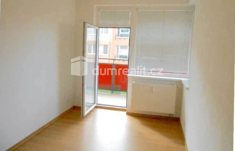 למכירה דירת 2 חדרים בשכונת ויסוצ'אני - פראג 9 (6)