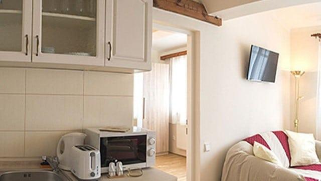 למכירה דירת 2 חדרים בגודל 41 מר בשכונת ליבן בפראג (1)