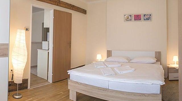 למכירה דירת 2 חדרים בגודל 41 מר בשכונת ליבן בפראג (4)