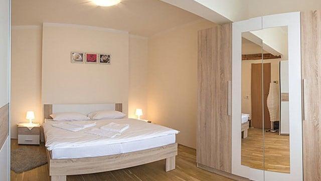 למכירה דירת 2 חדרים בגודל 41 מר בשכונת ליבן בפראג (8)