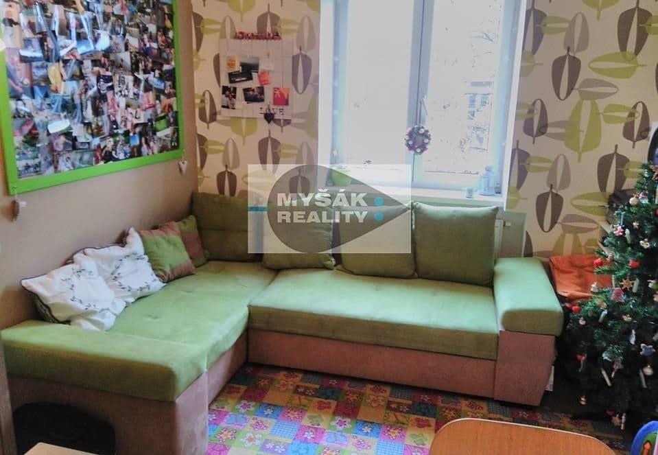 למכירה דירת 2 חדרים בגודל 42 מר בשכונת נוסלה בפראג (1)