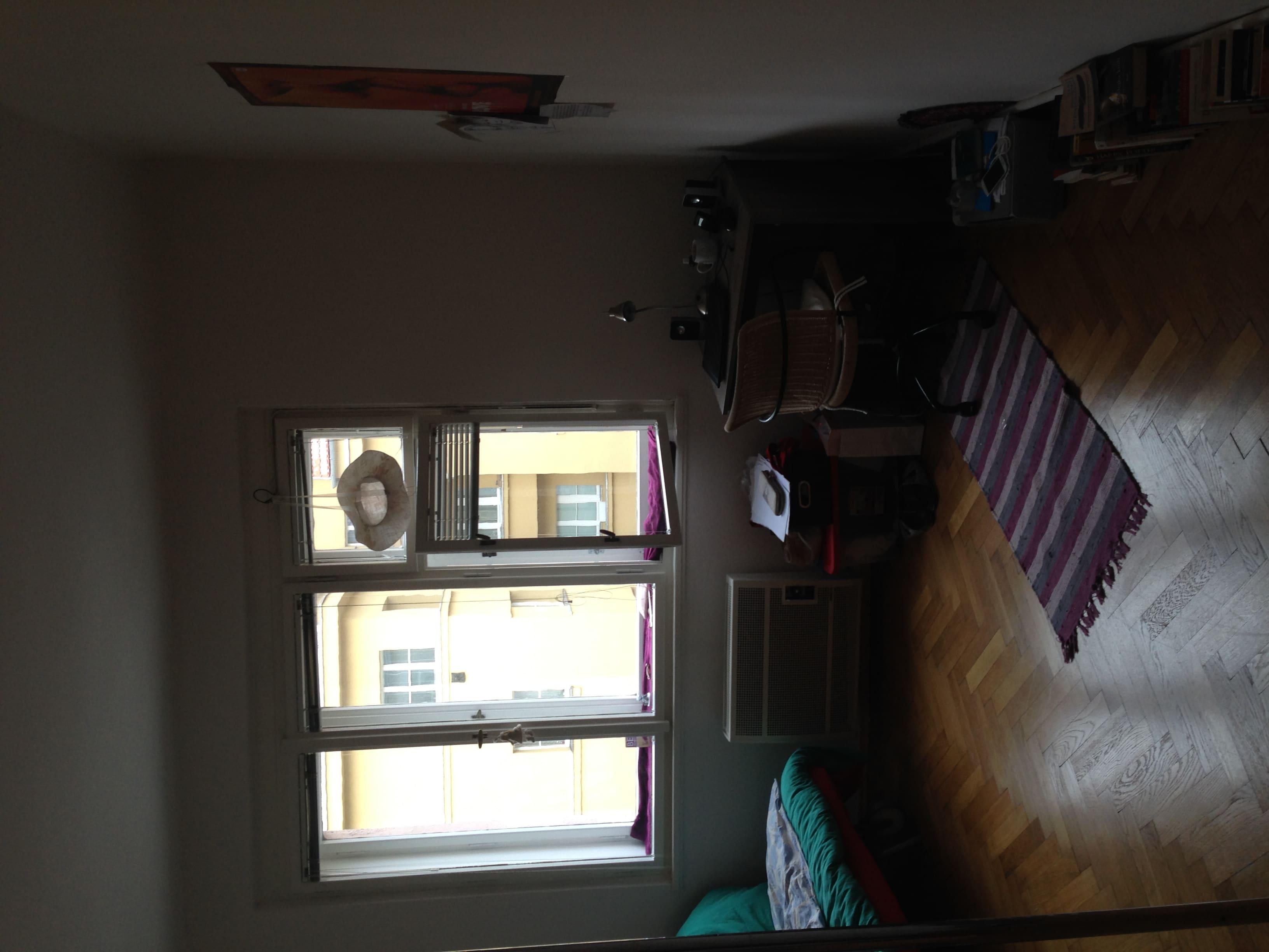 למכירה דירת 2 חדרים בגודל 52 מר בשכונת ז'יז'קוב א (1)