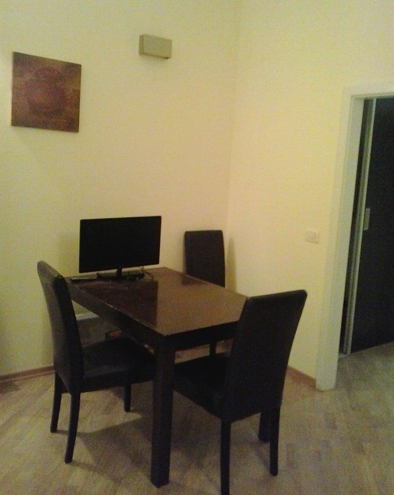 למכירה דירת 2+1 בשכונת סמיכוב, פראג 5 (1)