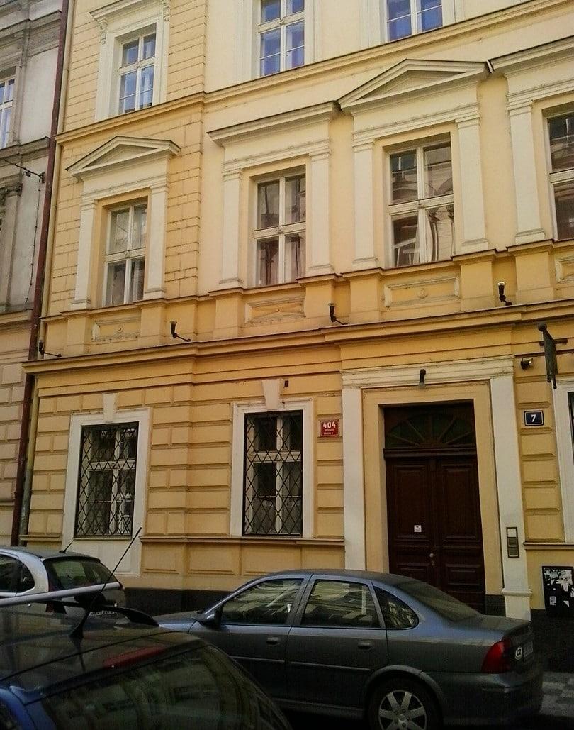למכירה דירת 2+1 בשכונת סמיכוב, פראג 5 (6)