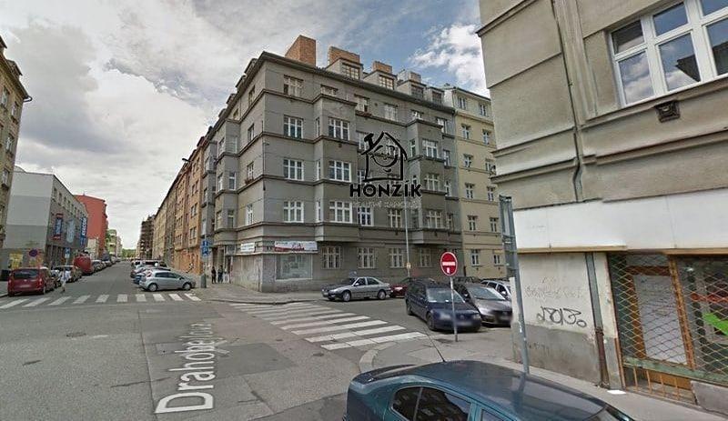למכירה דירת 2 חדרים יפה ומרווחת בפראג 9 (12)