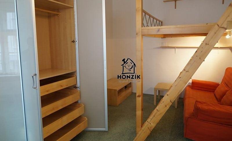 למכירה דירת 2 חדרים יפה ומרווחת בפראג 9 (15)