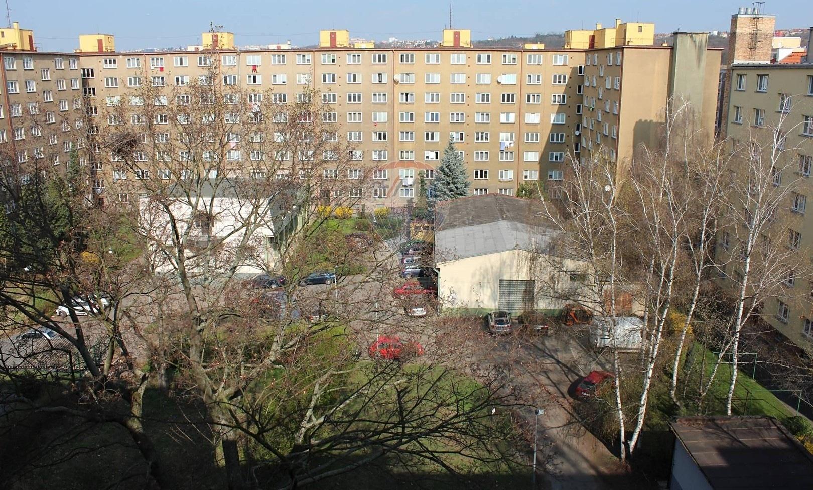 למכירה דירת 2+1 בשטח של 52 מר בפראג 9 (15)