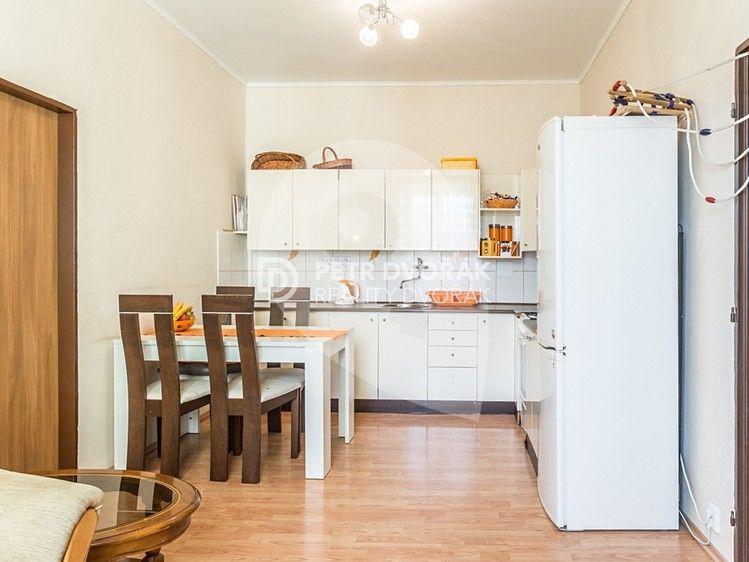 למכירה בפראג 4 דירת 2+kk יפה בגודל 48 מר (3)
