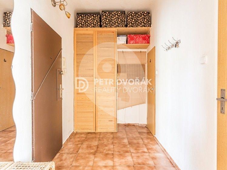 למכירה בפראג 4 דירת 2+kk יפה בגודל 48 מר (4)