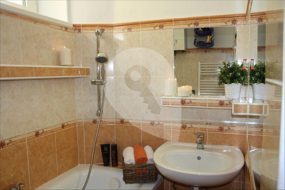 למכירה בפראג 4 דירת 2+kk יפה בגודל 48 מר (5)