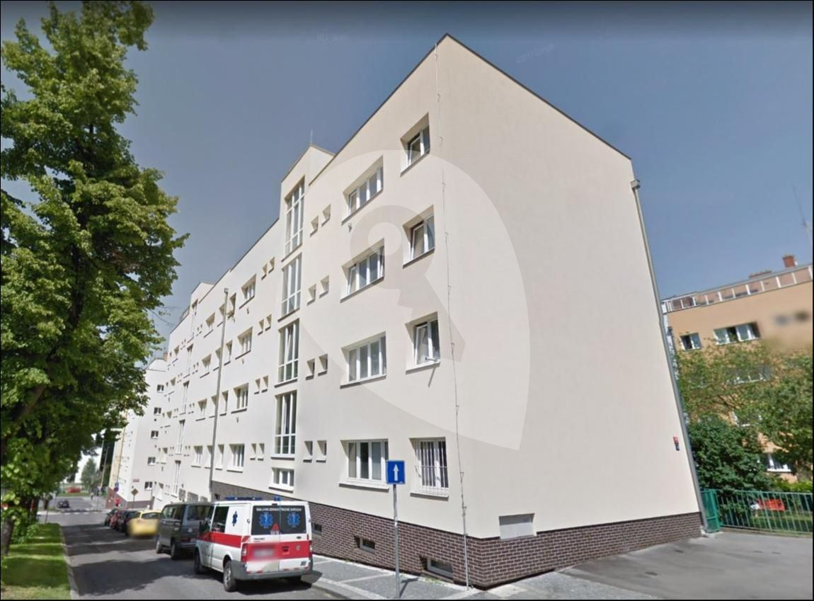 למכירה דירת 1+1 בגודל 41 מר בפראג 6 (13)