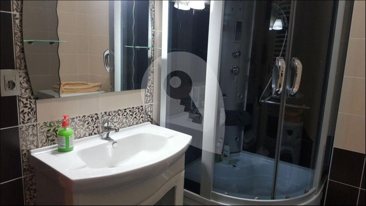למכירה דירת 2kk בשכונת זיזקוב (2)