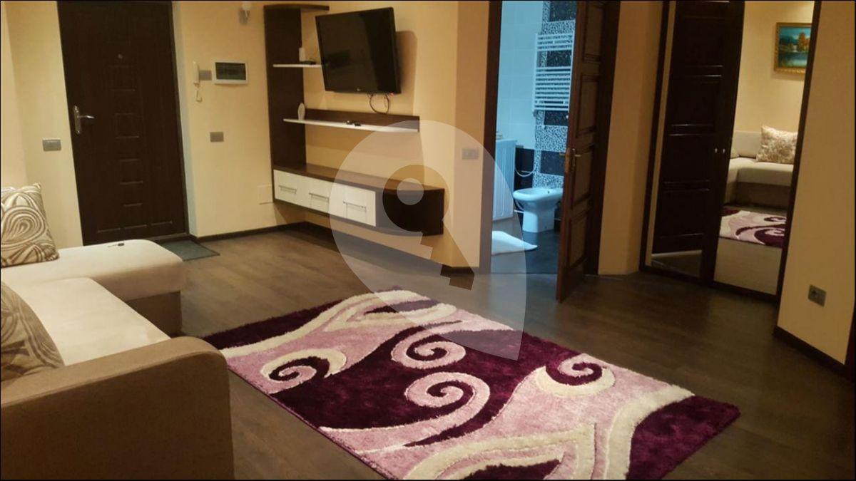 למכירה דירת 2kk בשכונת זיזקוב (3)