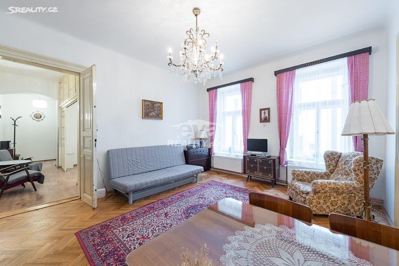 למכירה דירת 2+1 בגודל של 68 מר בעיר העתיקה של פראג (19)