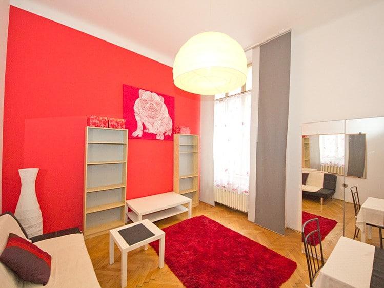 למכירה דירת 2 חדרים, 38 מר בעיר העתיקה בפראג (1)