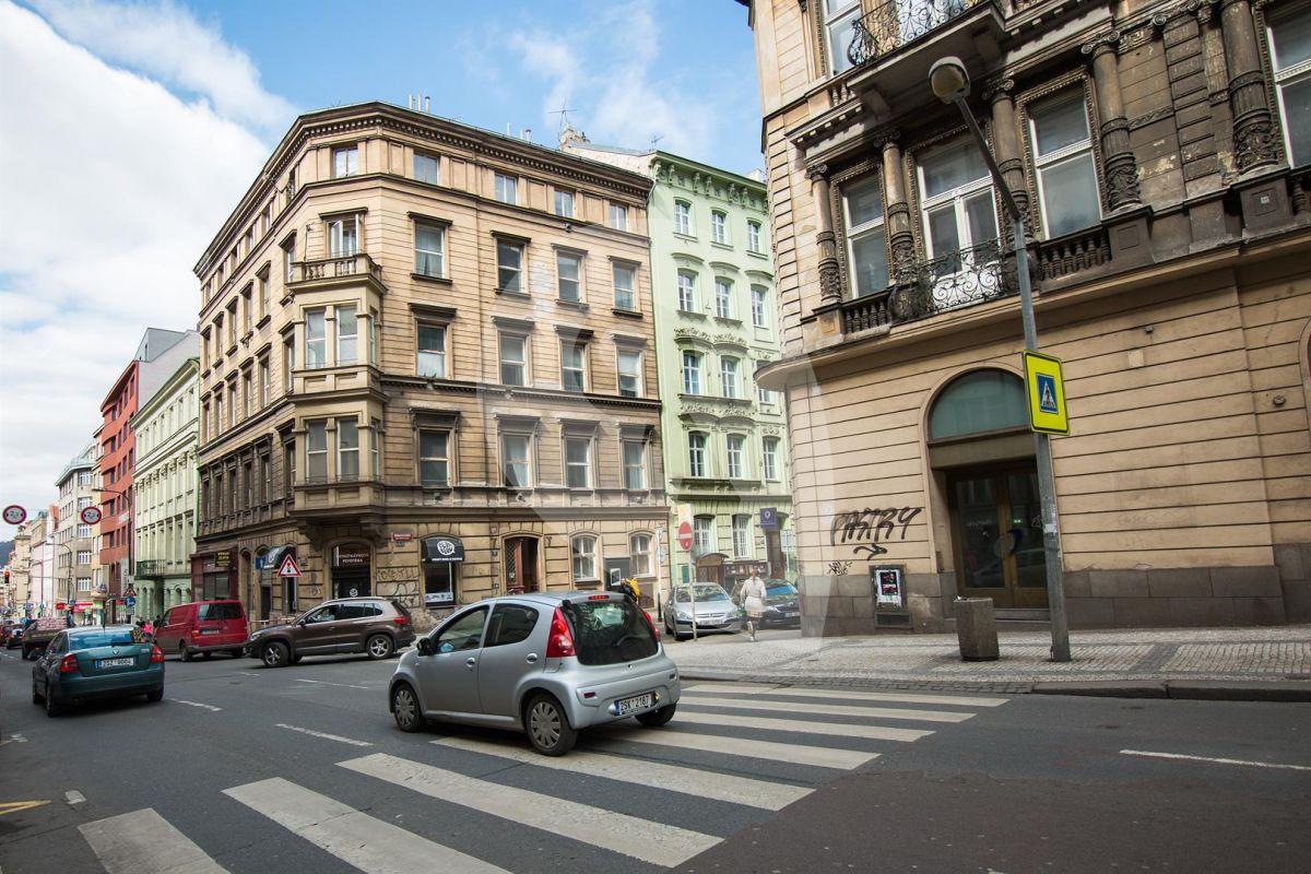 למכירה דירת 2+kk בפראג 1, העיר החדשה (4)