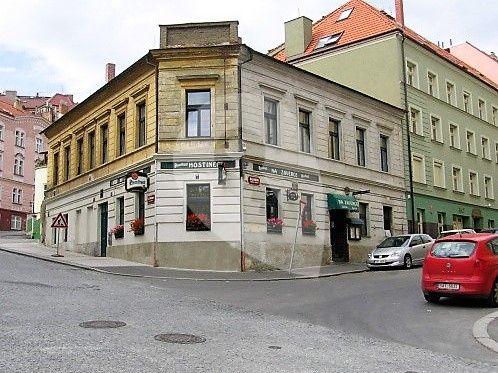"""למכירה בפראג 6 בניין דירות בגודל 635 מ""""ר"""