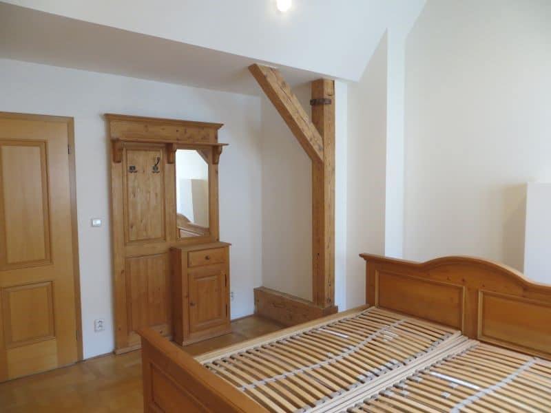 דירת 4+1 ממש מיוחדת למכירה צמוד לכיכר ואצלב בפראג (12)