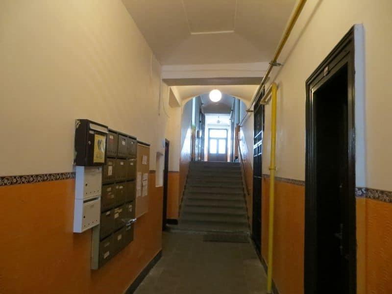דירת 4+1 ממש מיוחדת למכירה צמוד לכיכר ואצלב בפראג (3)