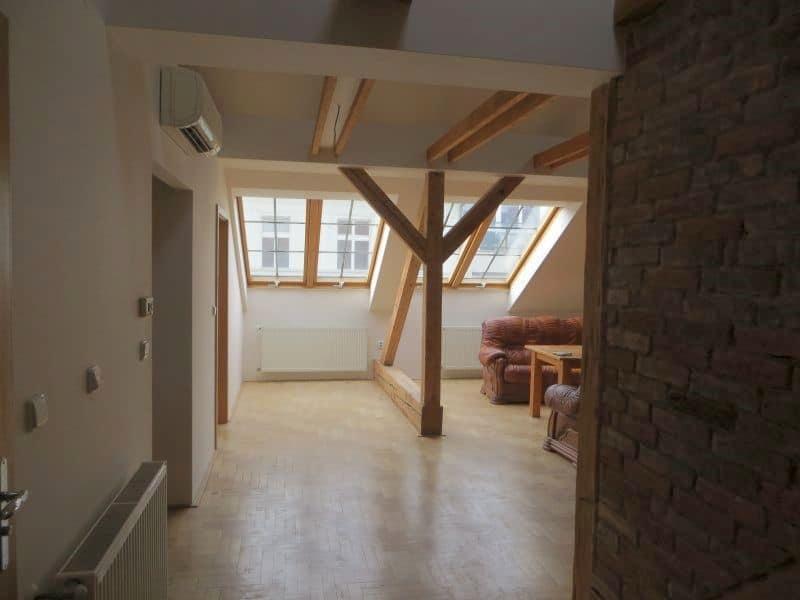 דירת 4+1 ממש מיוחדת למכירה צמוד לכיכר ואצלב בפראג (7)