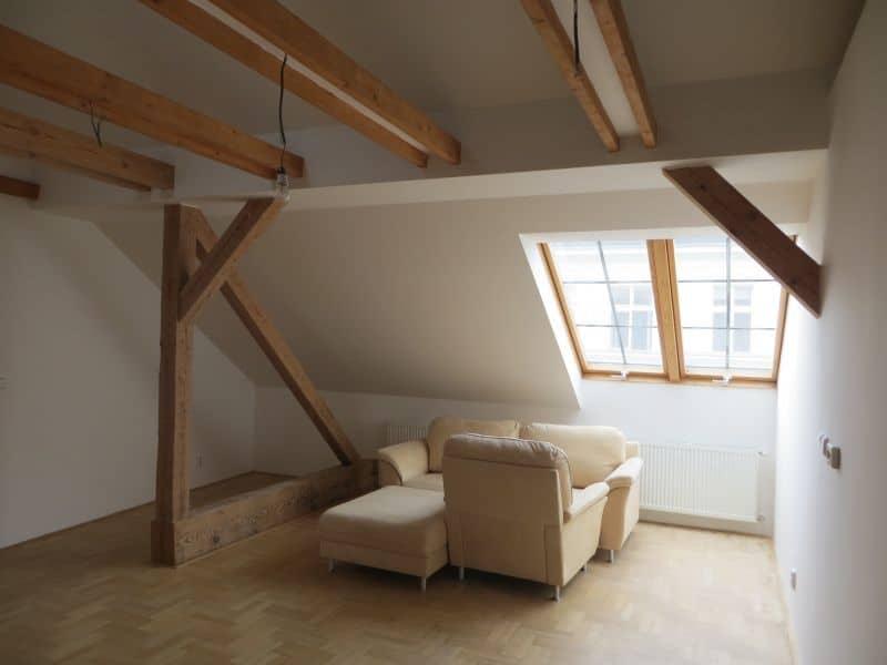 דירת 4+1 ממש מיוחדת למכירה צמוד לכיכר ואצלב בפראג (9)