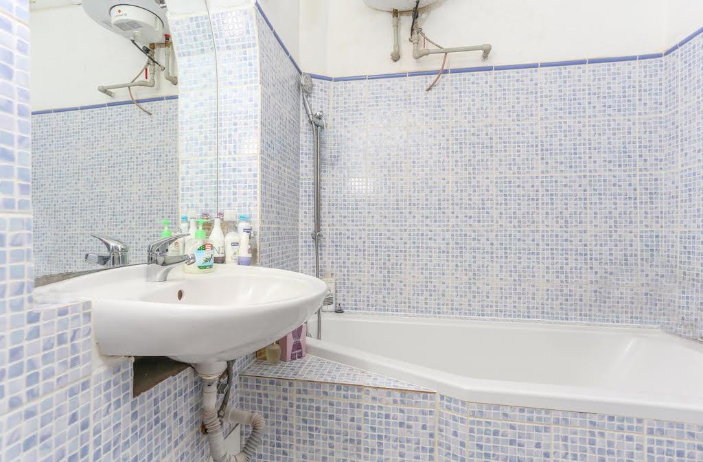 למכירה דירת 2 חדרים בגודל 47 מר בשכונת ליבן, פראג (1)