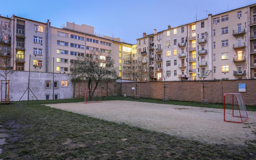 למכירה דירת 2 חדרים בגודל 47 מר בשכונת ליבן, פראג (18)