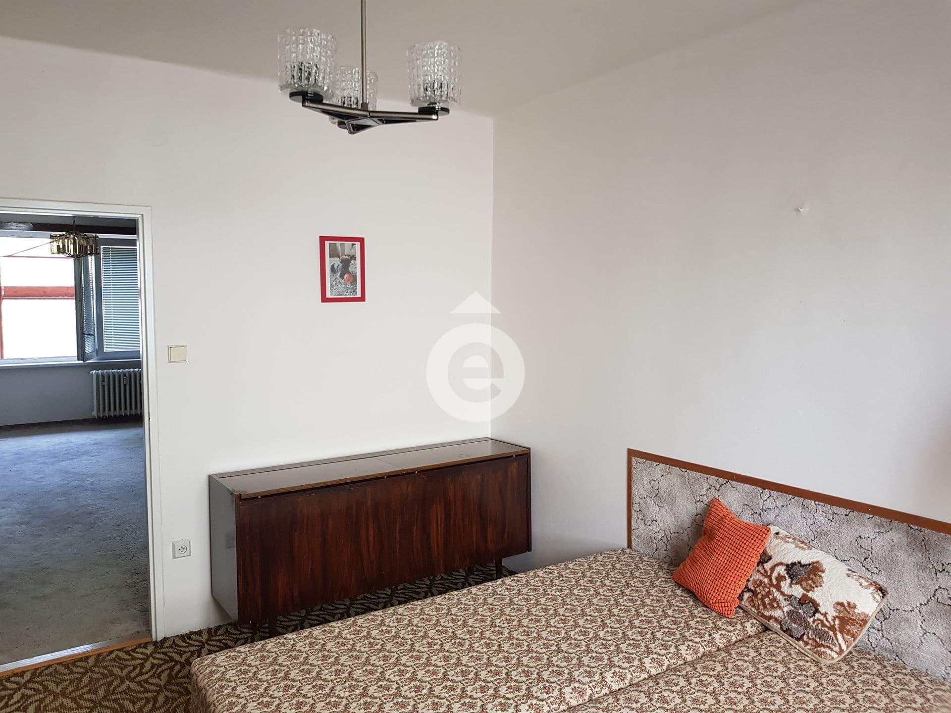 למכירה דירת 2+1 בגודל 48 מר בפראג 14 (7)