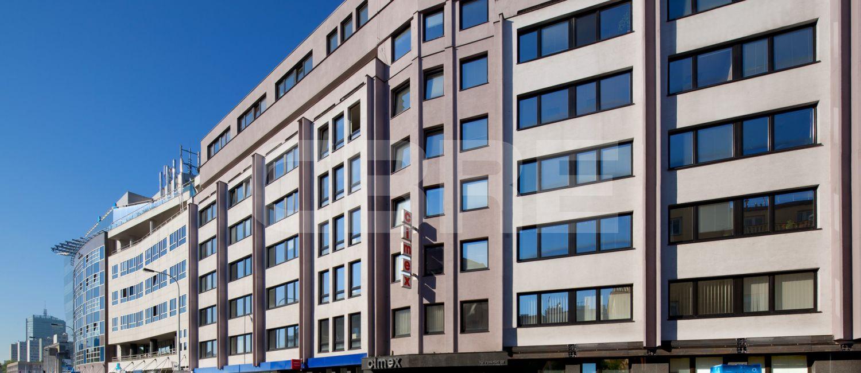 להשכרה משרד בפראג 4 בגודל 39 מר ליד הפארק (2)