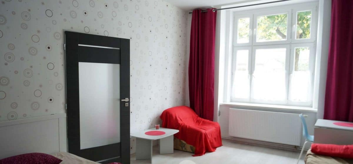 למכירה דירת 2 חדרים נעימה בפראג 7