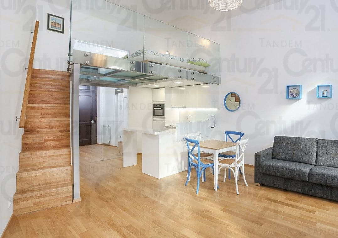 """למכירה בפראג 1 דירת 1+KK בגודל 51 מ""""ר"""