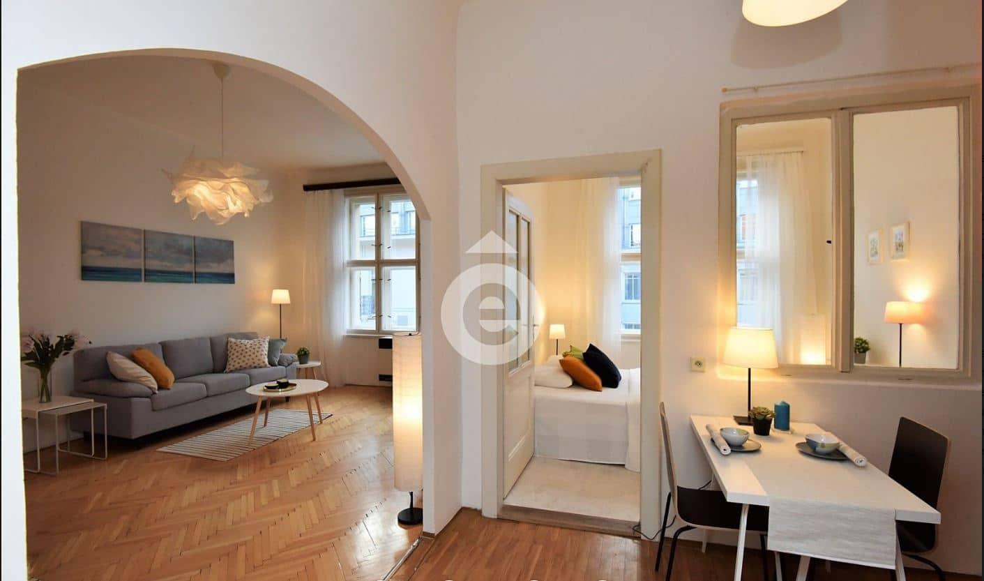 """למכירה בפראג 1 דירת 2+1 בגודל 56 מ""""ר"""