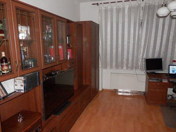 """למכירה דירה בפראג 8, שני חדרים על 41 מ""""ר"""