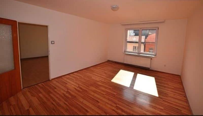 """למכירה בפראג 6 דירת 3+KK בגודל 78 מ""""ר"""