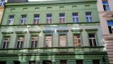בנין 1200 מטר המשמש היום כמלון למכירה בפראג 2