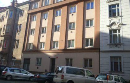 למכירה דירת 2 חדרים בשכונת קרלין בפראג