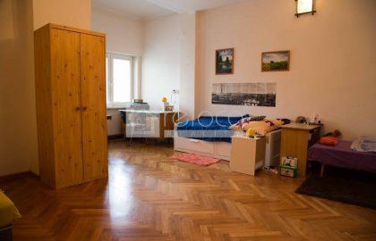 """דירת 3+kk על 71 מ""""ר במיקום מעולה בשכונת דייויצקה, פראג 6"""