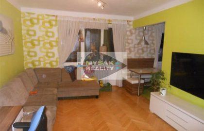 """להשקעה – דירת 2+1 בשכונת ורשוביצה בפראג (67 מ""""ר)"""