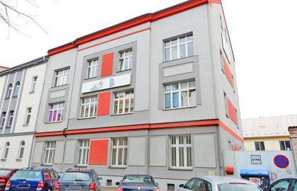 """נכס שמור: למכירה בניין דירות ששימש כהוסטל בשטח של 820 מ""""ר בפילזן"""