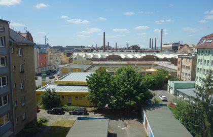 """נכס שמור: למכירה בניין מיועד לשיפוץ. 900 מ""""ר בפילזן"""